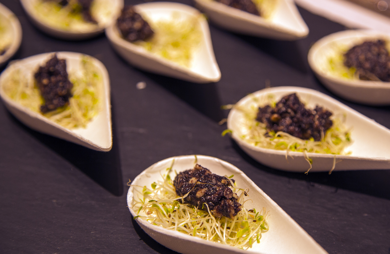 Caviar Açaï cuillères- Traiteur Bio, vegan Sol Semilla